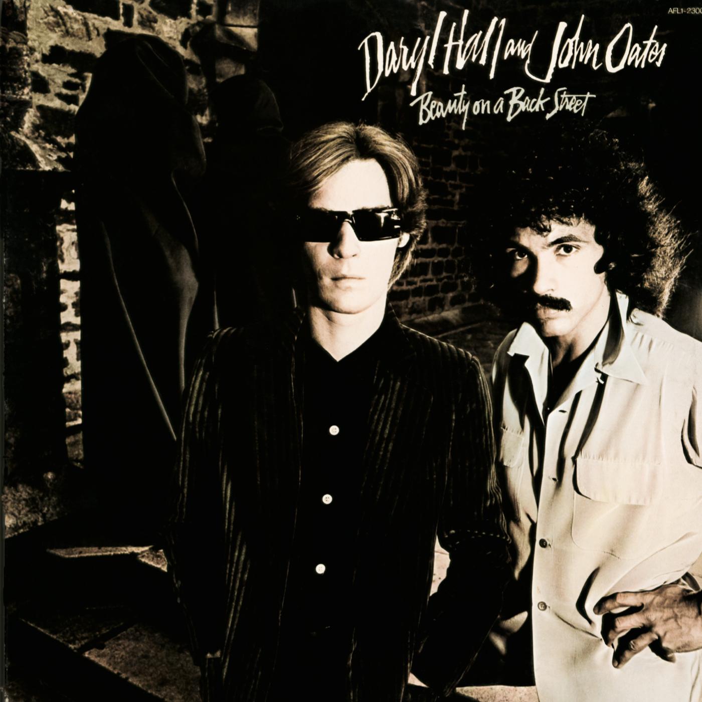Beauty On a Back Street - Daryl Hall & John Oates