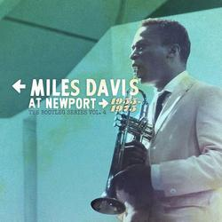 At Newport 1955-1975: The Bootleg Series Vol. 4 (CD4) - Miles Davis