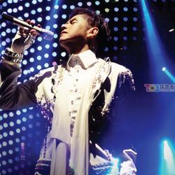 2010再度感动演唱会/ Alan Tam Live In Concert (CD5) - Đàm Vịnh Lân - Dam Vinh Lan
