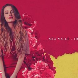 Outsider - Mia Vaile