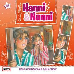 45/auf heißer Spur - Hanni und Nanni