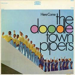 Here Come The Doodletown Pipers - The Doodletown Pipers